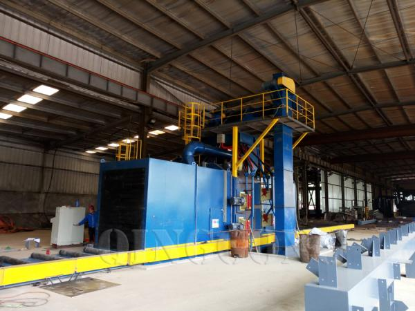 welding roller conveyor shot blasting machine 3.jpg